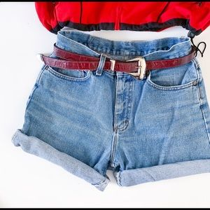 Vintage 80s High Waisted Denim Lee Shorts 11 30""